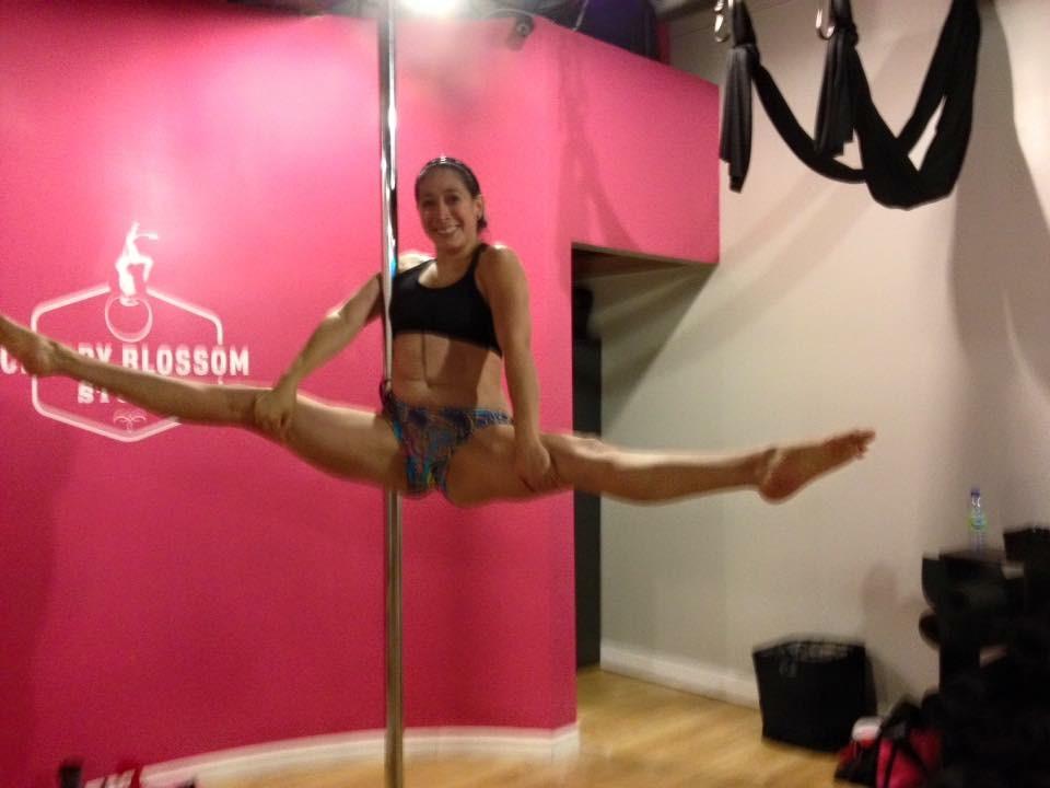 Pole dancing ottawa